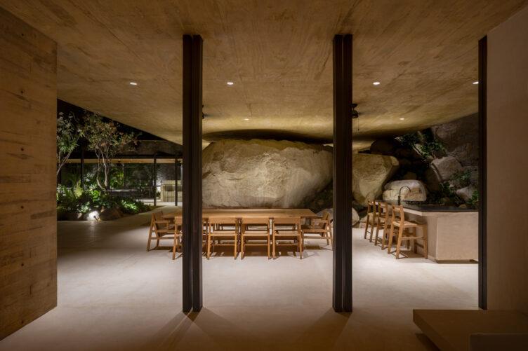 Casa Piedra by Taller de Arquitectura 001