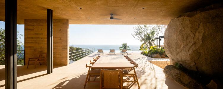 Casa Piedra by Taller de Arquitectura 010