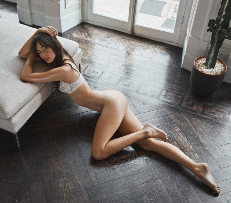 Charlotte Rose Nude 01