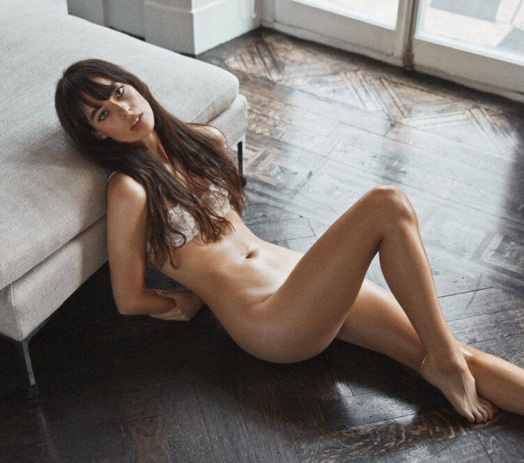 Charlotte Rose Nude 03