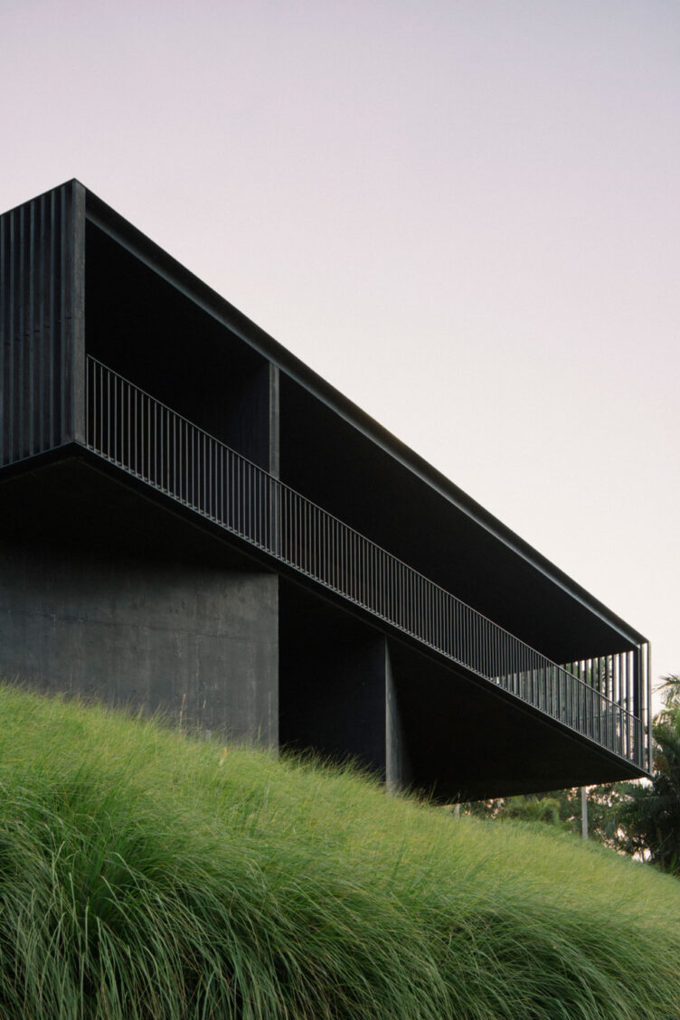 Federal House by Edition Office 007